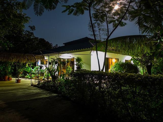 Home With Garden