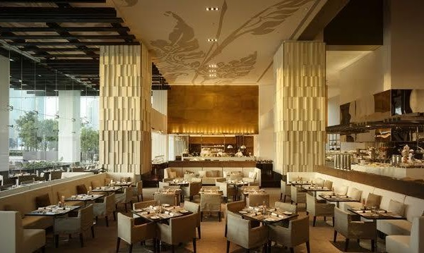 Flow - Open kitchen all-day dining restaurant with an open terrace overlooking the river serving International buffet and A La Carte menus.